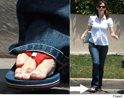 jennifer-garner-weird-toe1